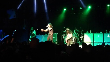 Slash w Myles Kennedy and the Conspirators - 30 Years to Life