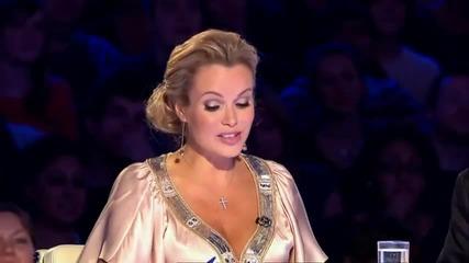 7 - годишният Роби пее великолепно - Britain's Got Talent 2011