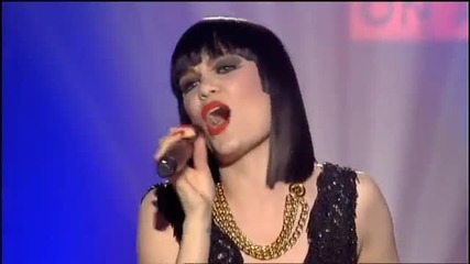 [превод] Jessie J - I wanna dance with somebody (live)