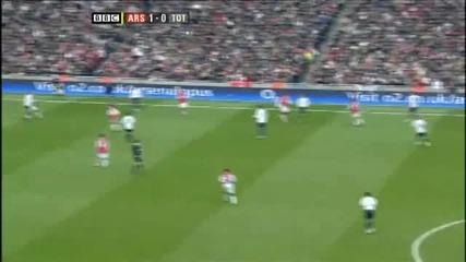 Феноменален гол на Бербатов срещу Арсенал