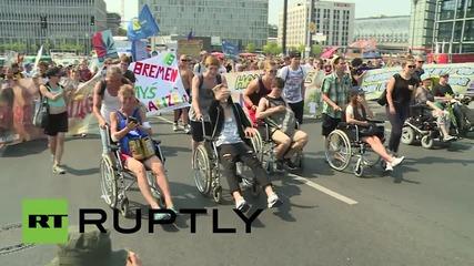 Германия: Парад за легализирането на марихуаната се проведе в Берлин
