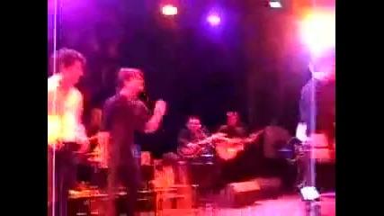 Jonas Brothers & Jesse Mccartney - Leaving (live)