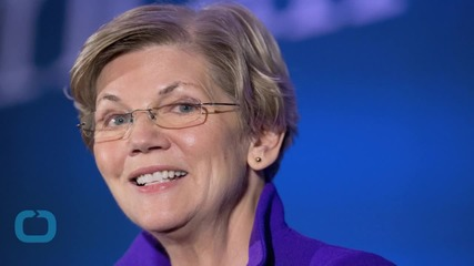 Hillary Clinton: Elizabeth Warren is Holding My Feet to the Fire
