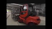 Уникалният прозрачен завод на Volkswagen в Германия