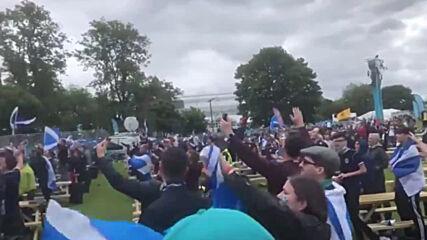 UK: Scottish fans sing Flower of Scotland in Glasgow as Euros clash with Czech Republic kicks off