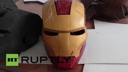 """В Китай направиха огромен костюм на герой от """"Авенджърс"""""""