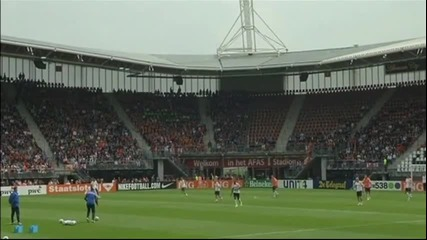 Много голям интерес към тренировката на Холандия