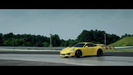 Трябва да обичаш Porsche 911!