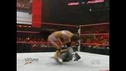 Raw 17/08/09 - Mickie James vs. Gail Kim - Divas Championchip