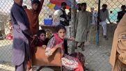 Afghanistan: Torkham crossing reopens as Afghans struggle to enter Pakistan