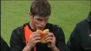 Huntelaar ^~ ^ Engeland 0~2 Nederland
