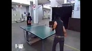 Tom И Bill Играят На Тенис