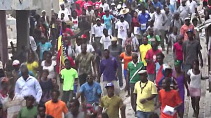 Haiti: Supporters of provisional President Privert clash with police