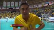 гол на бразилската легенда Фалкао !