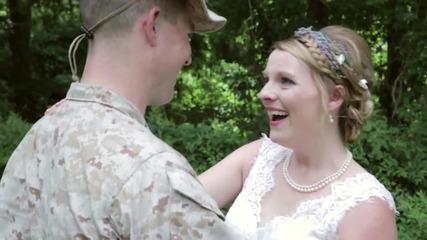 Брат изненадва сестра си в деня на сватбата й!