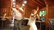 Танц на баща и дъщеря подлуди всички