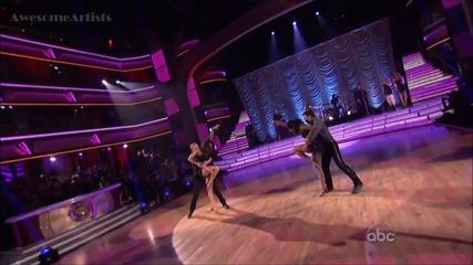 Много добро изпълнение на Селена Гомез - Hit The Lights ( Dancing With The Stars )