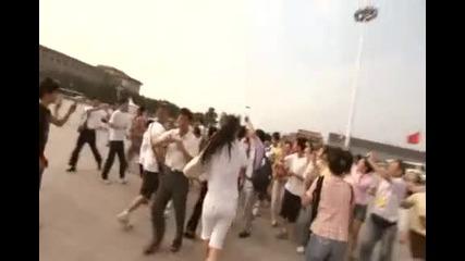 Китайци Бъркат Англичанин С Майкъл Фелпс