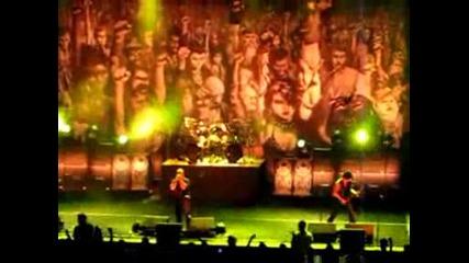 Disturbed - Divide, Майк Уенгрен (live)