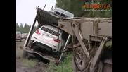 Катастрофирал камион с бмв х6 тици