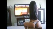 Секси геймърка