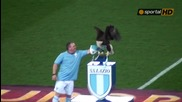"""Символът на Лацио лети над терена на """"олимпико"""""""