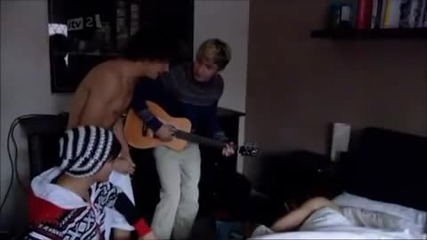 One Direction - Morning Song :d
