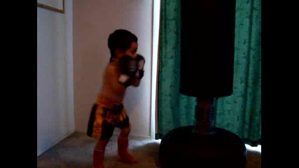 Muay Thai Training the Boy