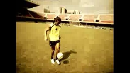 Реклама - Nike Ronaldinho Freestyle