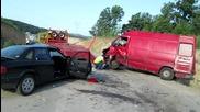 Катастрофа Мерцедес Спринтер и Ауди в близост до с. Добрич на Ам Марица 21.05.2015