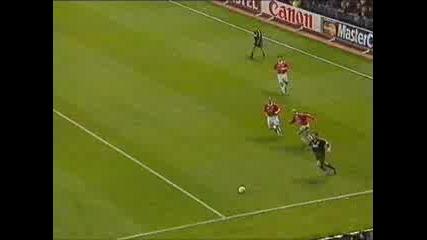 Супер гол на Raul