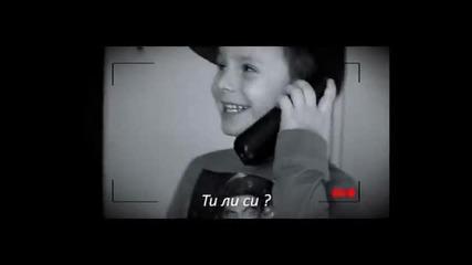 Бебе говори по телефона с 100 Кила ! Смях до макс
