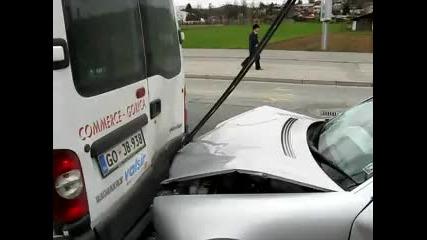 Mercedes vs Renault Master