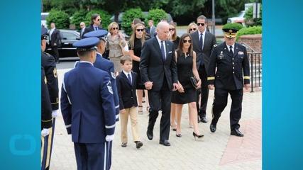 Thousands Pay Tribute to Beau Biden