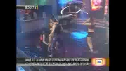 Liliana Mass Sin Calzon En El Show De Los Sue