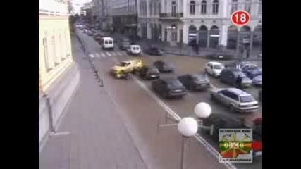 Ужасни кадри от катастрофи в София !