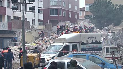Turkey: Rescue work continues following building collapse in Istanbul