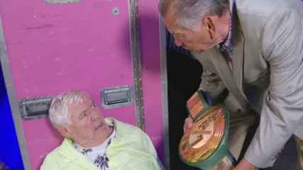 Drake Maverick, Pat Patterson, Gerry Brisco and Kelly Kelly win the 24/7 Title: Raw Reunion, July 22, 2019