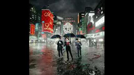 Got Me Going Crazy - Jonas Brothers