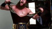 Braun Strowman enjoys his first Universal Championship photoshoot: WWE.com Exclusive, April 4, 2020