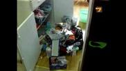 Крадла задигна 11 чувала дрехи от Молове