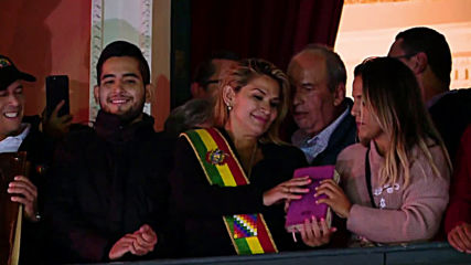 Bolivia: Opposition senator Anez declares herself interim president following Morales resignation