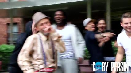 Старец рапира страхотно в гетото !