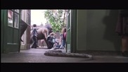 Хари Потър и Философският Камък - Разходка в зоопарка (хари говори със змия)