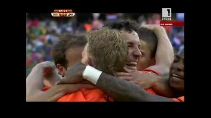 Холандия - Дания 14.06.2010 второ полувреме част 4