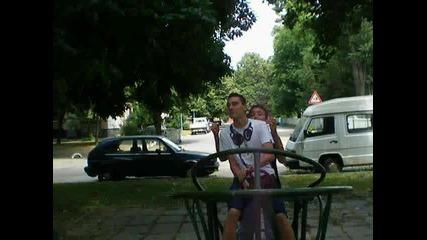 Най-лудият ден в света (трейлър) (николай Петров)