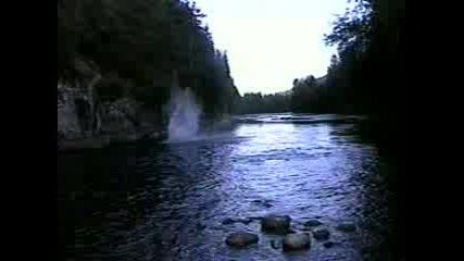 Скок В Река