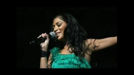Една Жестока Певица На Име Nicole