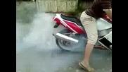 Балша Моторспорт Yamaha Fzr1000 Burnout