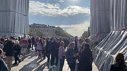 France: Wrapped Arc de Triomphe fulfills wishes of late artist Christo